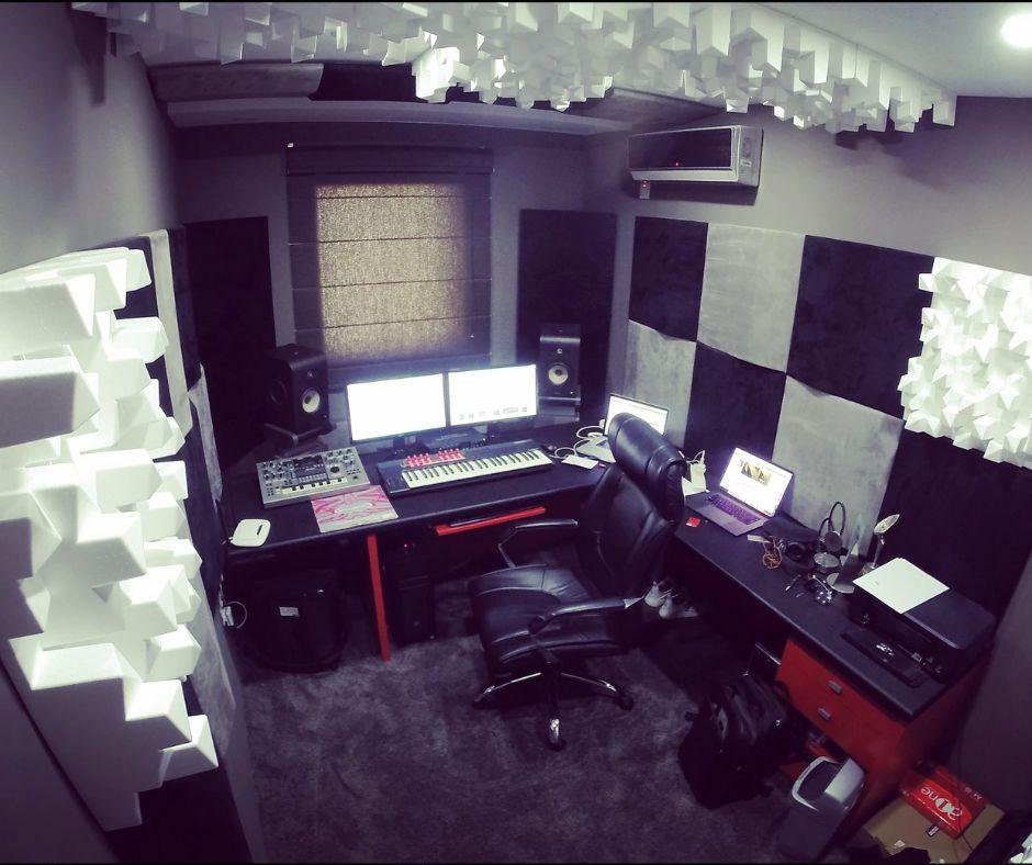 Tenishia Recording Studio