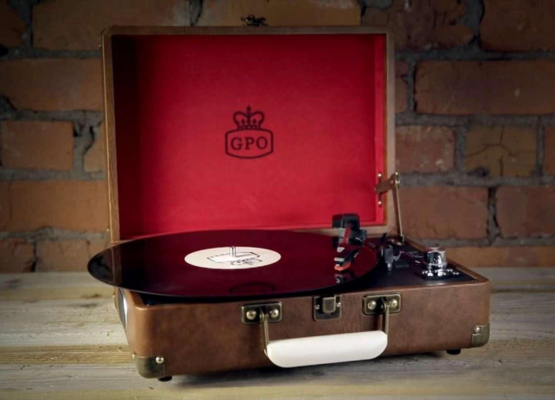 Attache' Record Player