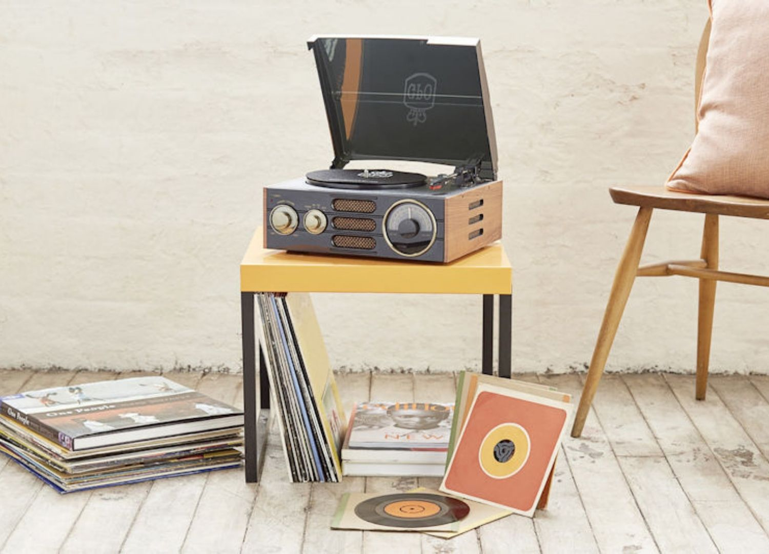 Empire Record Player with Radio